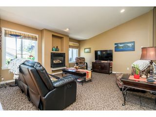 "Photo 11: 33755 VERES Terrace in Mission: Mission BC House for sale in ""Veres Terrace"" : MLS®# R2494592"