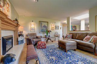 Photo 4: 7719 Blackglama Pl in : CS Saanichton House for sale (Central Saanich)  : MLS®# 856001
