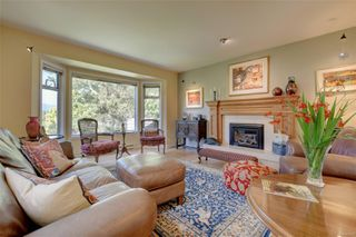 Photo 3: 7719 Blackglama Pl in : CS Saanichton House for sale (Central Saanich)  : MLS®# 856001