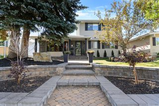 Photo 3: 639 WILLESDEN Drive SE in Calgary: Willow Park Detached for sale : MLS®# A1041833