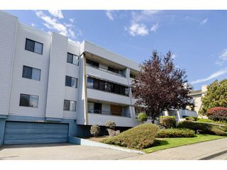 "Photo 2: 108 1341 GEORGE Street: White Rock Condo for sale in ""Oceanview"" (South Surrey White Rock)  : MLS®# R2513850"