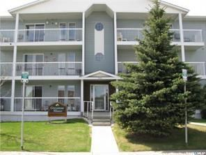 Photo 2: 303 918 Argyle Avenue in Saskatoon: Greystone Heights Residential for sale : MLS®# SK837451