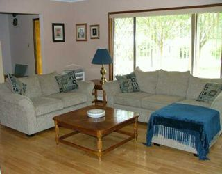 Photo 4: 778 CREEKSIDE Crescent in Gibsons: Gibsons & Area House for sale (Sunshine Coast)  : MLS®# V600013