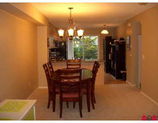 "Photo 8: 77 15871 85TH Avenue in Surrey: Fleetwood Tynehead Townhouse for sale in ""Huckleberry"" : MLS®# F2716364"