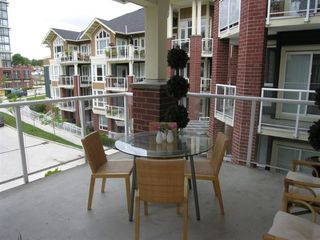 """Photo 16: 410 14 E ROYAL Avenue in New_Westminster: Fraserview NW Condo for sale in """"VICTORIA HILL"""" (New Westminster)  : MLS®# V655718"""