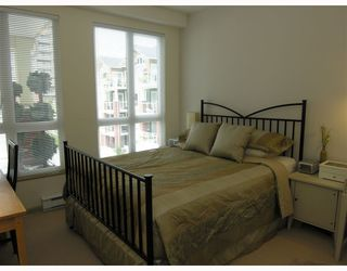 """Photo 32: 410 14 E ROYAL Avenue in New_Westminster: Fraserview NW Condo for sale in """"VICTORIA HILL"""" (New Westminster)  : MLS®# V655718"""