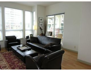 """Photo 29: 410 14 E ROYAL Avenue in New_Westminster: Fraserview NW Condo for sale in """"VICTORIA HILL"""" (New Westminster)  : MLS®# V655718"""