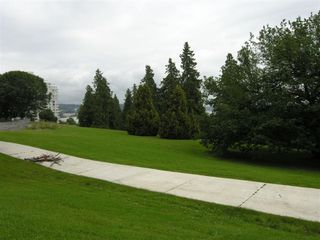 """Photo 23: 410 14 E ROYAL Avenue in New_Westminster: Fraserview NW Condo for sale in """"VICTORIA HILL"""" (New Westminster)  : MLS®# V655718"""