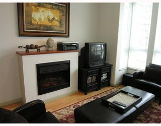 """Photo 28: 410 14 E ROYAL Avenue in New_Westminster: Fraserview NW Condo for sale in """"VICTORIA HILL"""" (New Westminster)  : MLS®# V655718"""