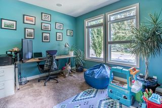Photo 15: 2403 30 Street SW in Calgary: Killarney/Glengarry Semi Detached for sale : MLS®# C4261966