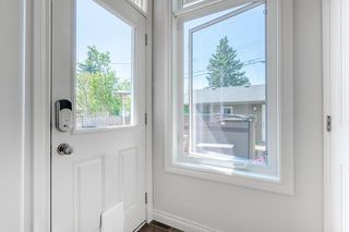 Photo 14: 2403 30 Street SW in Calgary: Killarney/Glengarry Semi Detached for sale : MLS®# C4261966