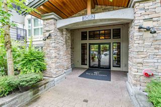 Photo 2: 407 3082 DAYANEE SPRINGS BOULEVARD in Coquitlam: Westwood Plateau Condo for sale : MLS®# R2389604
