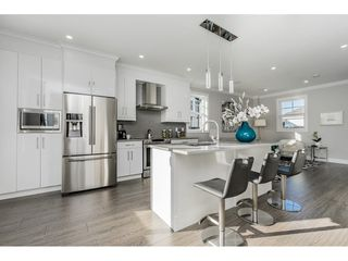 """Photo 6: 9 7056 192 Street in Surrey: Clayton Townhouse for sale in """"BOXWOOD"""" (Cloverdale)  : MLS®# R2417579"""
