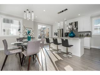 """Photo 2: 9 7056 192 Street in Surrey: Clayton Townhouse for sale in """"BOXWOOD"""" (Cloverdale)  : MLS®# R2417579"""