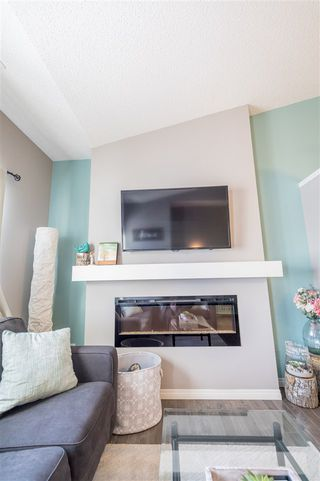 Photo 11: 553 ORCHARDS Boulevard in Edmonton: Zone 53 Townhouse for sale : MLS®# E4184152