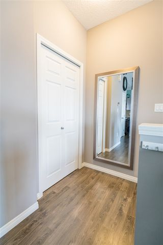 Photo 17: 553 ORCHARDS Boulevard in Edmonton: Zone 53 Townhouse for sale : MLS®# E4184152