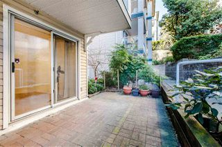 "Photo 2: 209 1035 AUCKLAND Street in New Westminster: Uptown NW Condo for sale in ""QUEEN'S TERRACE"" : MLS®# R2438580"