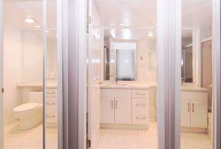 Photo 7: 701 14881 103A Avenue in Surrey: Guildford Condo for sale (North Surrey)  : MLS®# R2459670