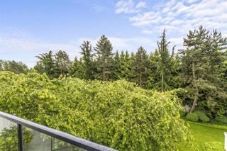 "Photo 16: 307 20976 56 Avenue in Langley: Langley City Condo for sale in ""Riverwalk"" : MLS®# R2464309"