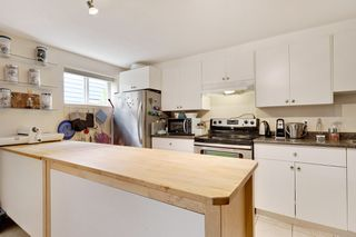 "Photo 21: 6421 CLINTON Street in Burnaby: South Slope House for sale in ""South Slope"" (Burnaby South)  : MLS®# R2490747"