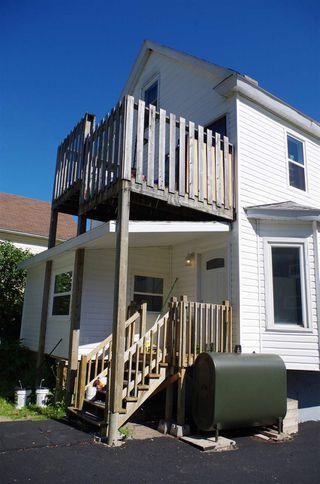 Photo 3: 38 Fairview Street in Sydney: 201-Sydney Multi-Family for sale (Cape Breton)  : MLS®# 202018410