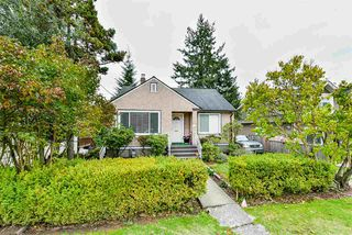 "Photo 1: 2110 HAMILTON Street in New Westminster: Connaught Heights House for sale in ""CONNAUGHT HEIGHTS"" : MLS®# R2508637"