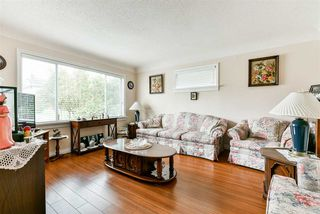 "Photo 4: 2110 HAMILTON Street in New Westminster: Connaught Heights House for sale in ""CONNAUGHT HEIGHTS"" : MLS®# R2508637"