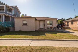 Photo 11: PACIFIC BEACH House for sale : 3 bedrooms : 831 Reed Ave in San Diego