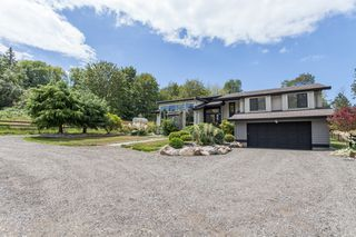 Photo 2: 347 192 STREET in South Surrey White Rock: Home for sale : MLS®# R2163762