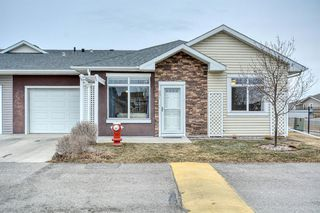 Photo 1: 201 Sunvale Crescent NE: High River Row/Townhouse for sale : MLS®# A1055962