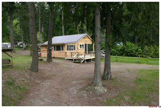 Photo 2: 3272 Eagle Bay Road in Eagle Bay: Residential Detached for sale : MLS®# 10007890