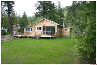 Photo 1: 3272 Eagle Bay Road in Eagle Bay: Residential Detached for sale : MLS®# 10007890