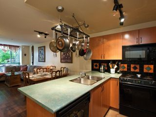 """Photo 7: # 202 212 LONSDALE AV in North Vancouver: Lower Lonsdale Condo for sale in """"Two One Two"""" : MLS®# V893037"""