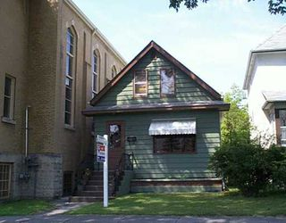 Photo 1: 320 HOME Street in WINNIPEG: West End / Wolseley Single Family Detached for sale (West Winnipeg)  : MLS®# 2712304