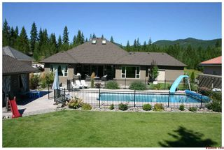 Photo 2: 2714 Golf Course Drive in Blind Bay: Golf Course Drive Residential Detached for sale : MLS®# 10034626