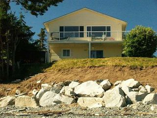 Photo 2: 1828 ASTRA BAY ROAD in COMOX: Residential Detached for sale : MLS®# 238411