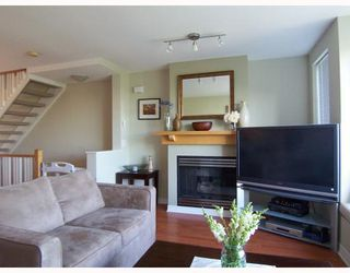 """Photo 3: 6711 VILLAGE GREEN BB in Burnaby: Middlegate BS Townhouse for sale in """"MONTEREY"""" (Burnaby South)  : MLS®# V662425"""
