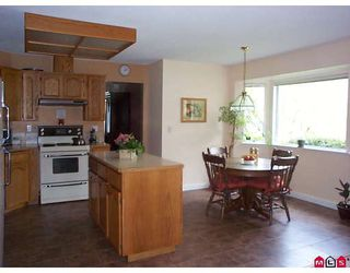 """Photo 5: 15715 92A Avenue in Surrey: Fleetwood Tynehead House for sale in """"Belair Estates"""" : MLS®# F2812256"""