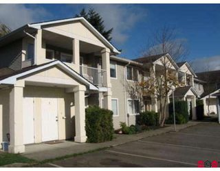 Photo 1: #5 6480 Vedder Rd. in Sardis: Sardis East Vedder Rd Townhouse for sale : MLS®# H2805736