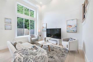 Photo 4: 9111 ASH Street in Richmond: Saunders House for sale : MLS®# R2408345