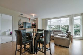 Photo 5: 205 5955 BALSAM Street in Vancouver: Kerrisdale Condo for sale (Vancouver West)  : MLS®# R2412840