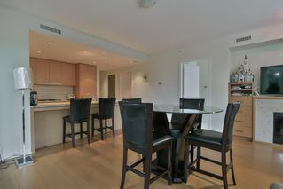 Photo 12: 205 5955 BALSAM Street in Vancouver: Kerrisdale Condo for sale (Vancouver West)  : MLS®# R2412840