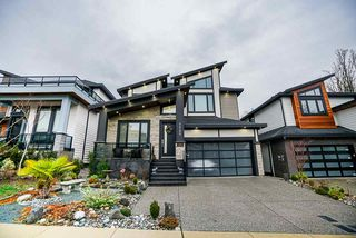 Photo 2: 7720 156A Street in Surrey: Fleetwood Tynehead House for sale : MLS®# R2429132