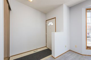 Photo 5: 263 KIRKWOOD Avenue in Edmonton: Zone 29 House for sale : MLS®# E4191993
