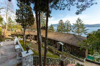 Photo 3: 1656 YMCA Road in Gibsons: Gibsons & Area House for sale (Sunshine Coast)  : MLS®# R2447389