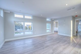 Photo 13: 6778 CORBOULD Road in Tsawwassen: Boundary Beach House for sale : MLS®# R2448630