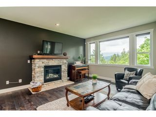 "Photo 6: 23135 GILBERT Drive in Maple Ridge: Silver Valley House for sale in ""'Stoneleigh'"" : MLS®# R2457147"