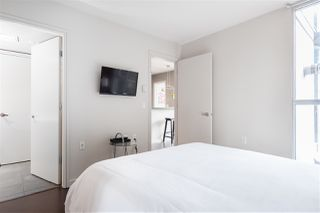 """Photo 11: 1107 1068 HORNBY Street in Vancouver: Downtown VW Condo for sale in """"THE CANADIAN AT WALL CENTRE"""" (Vancouver West)  : MLS®# R2463676"""