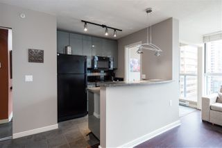 """Photo 17: 1107 1068 HORNBY Street in Vancouver: Downtown VW Condo for sale in """"THE CANADIAN AT WALL CENTRE"""" (Vancouver West)  : MLS®# R2463676"""
