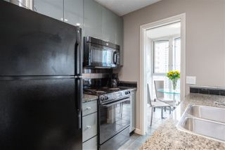 """Photo 7: 1107 1068 HORNBY Street in Vancouver: Downtown VW Condo for sale in """"THE CANADIAN AT WALL CENTRE"""" (Vancouver West)  : MLS®# R2463676"""